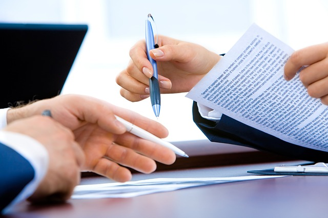 How Are Divorce Papers Served?